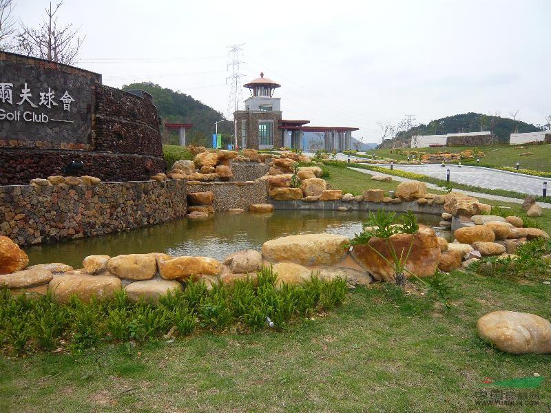 景盛园艺奇石场丰富的园艺技术师,和各项精通的园艺技术员工做的各种景观效果